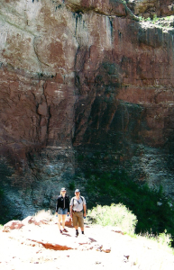 Au Pair at the Grand Canyon in America
